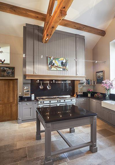 piano de cuisine la cornue elegant cuisine la cornue alot de cuisine savoir faire la cornue. Black Bedroom Furniture Sets. Home Design Ideas
